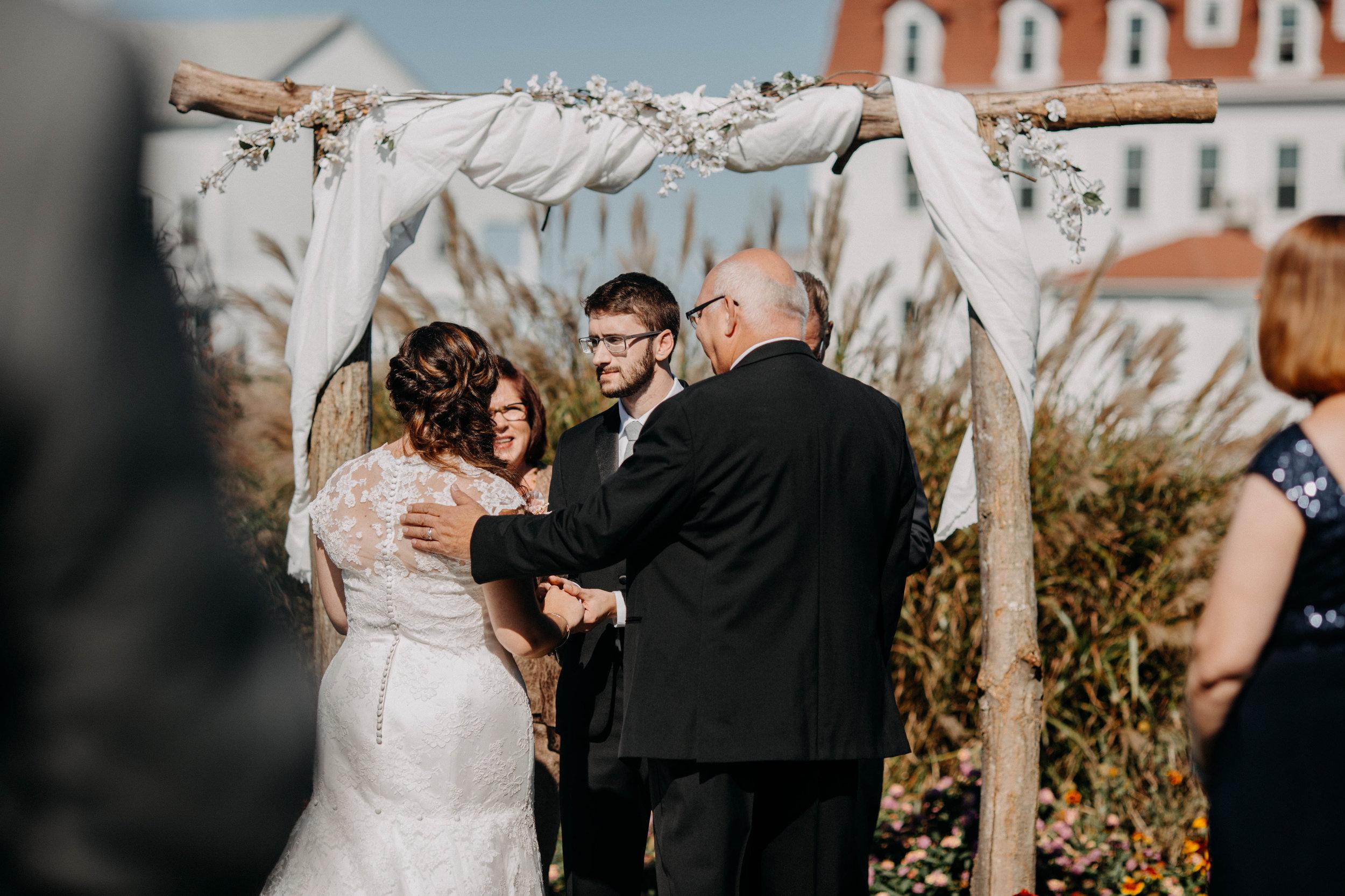 intimate block island rhode island wedding rose farm inn wedding east coast wedding photographer4.jpg
