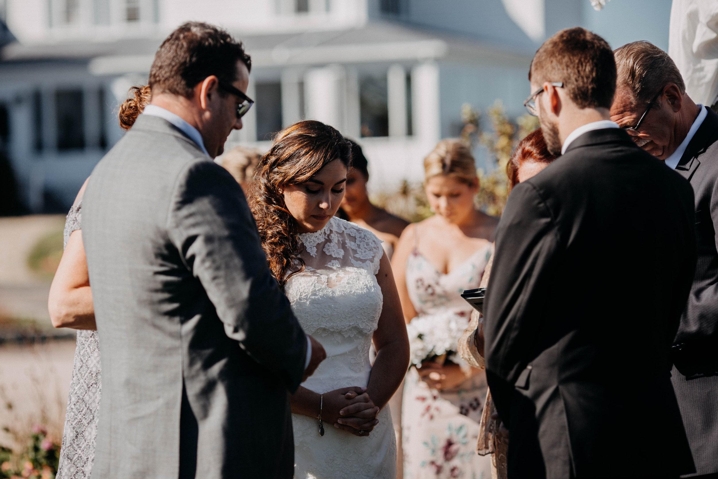 intimate block island rhode island wedding rose farm inn wedding east coast wedding photographer11.jpg