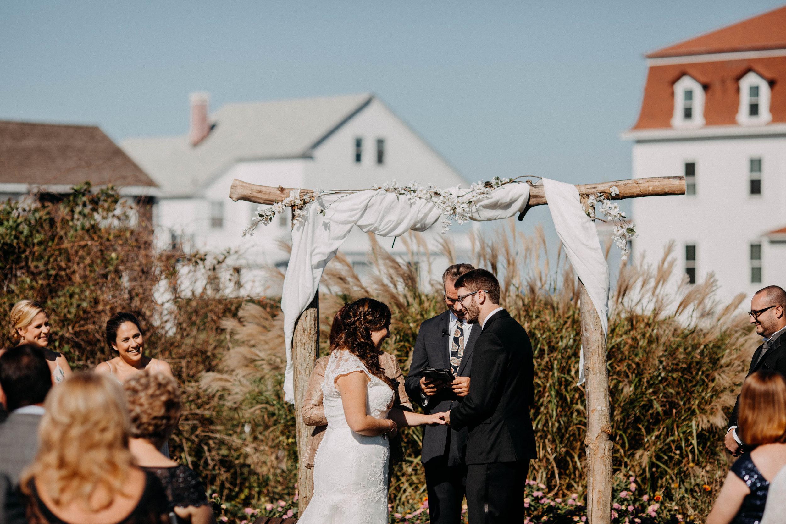 intimate block island rhode island wedding rose farm inn wedding east coast wedding photographer14.jpg
