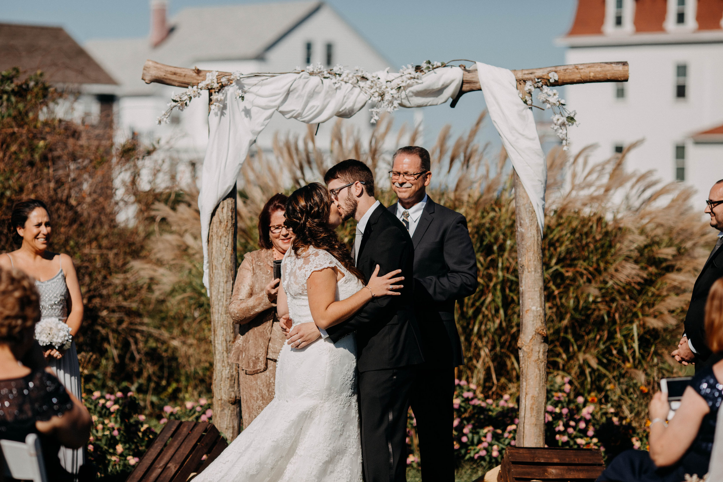 intimate block island rhode island wedding rose farm inn wedding east coast wedding photographer16.jpg