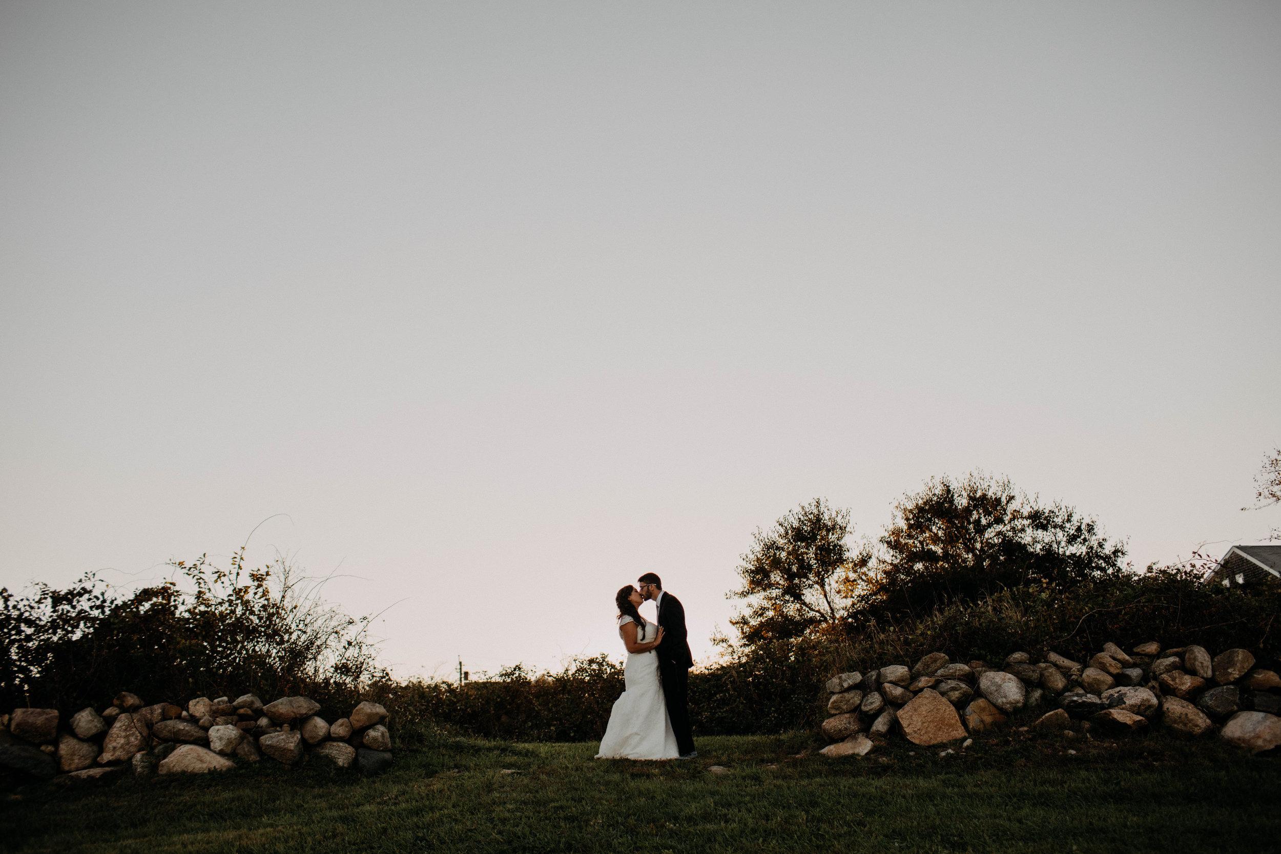 intimate block island rhode island wedding rose farm inn wedding east coast wedding photographer251.jpg