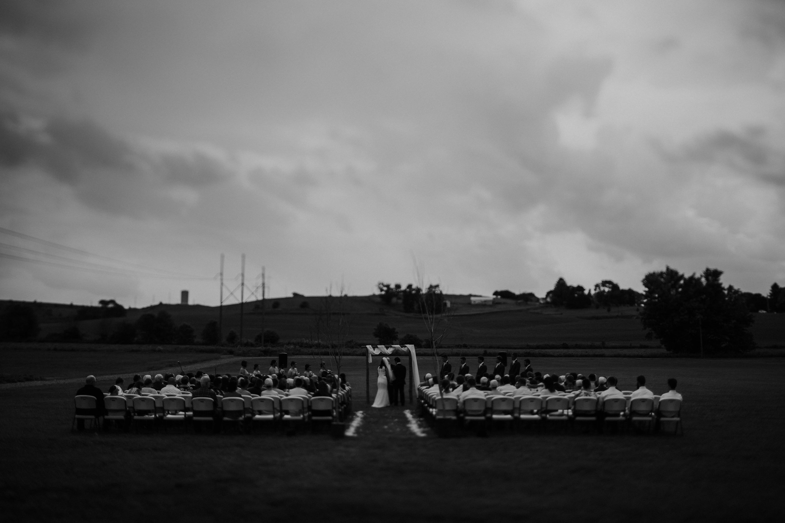 ohio amish country intimate wedding rainy day wedding41.jpg