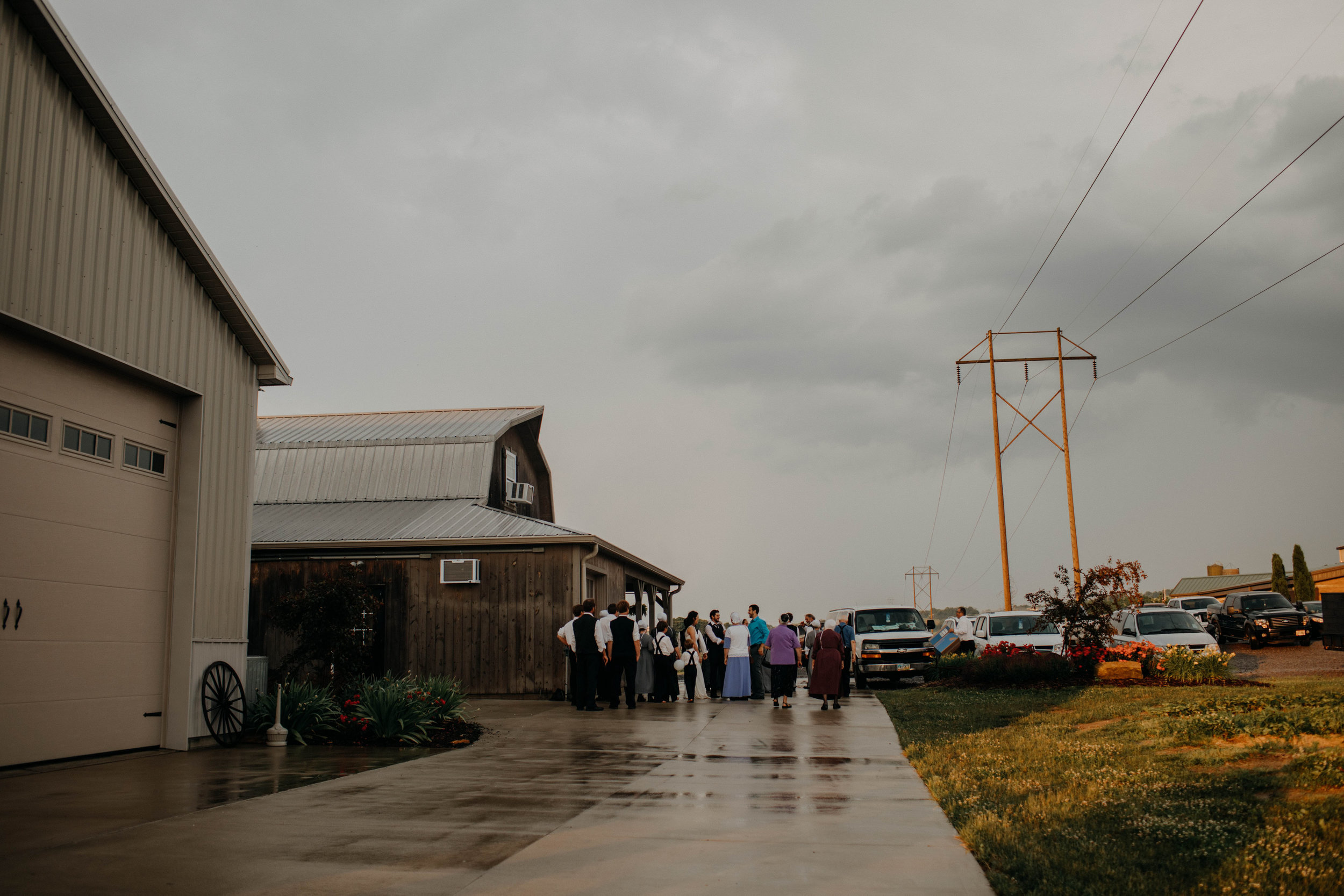 ohio amish country intimate wedding rainy day wedding247.jpg