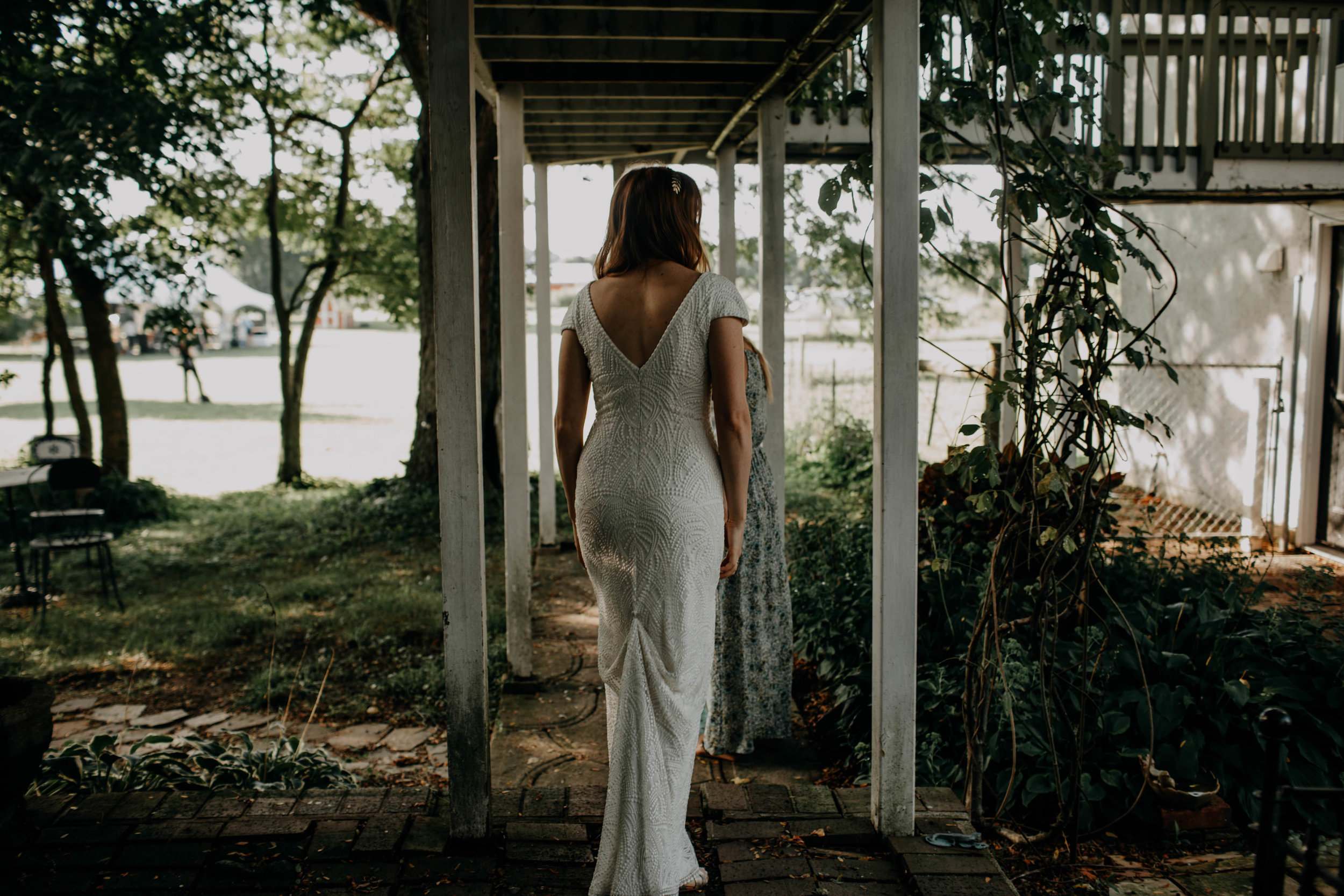 untraditional intimate bed and breakfast wedding orchard house bed and breakfast wedding granville ohio19.jpg