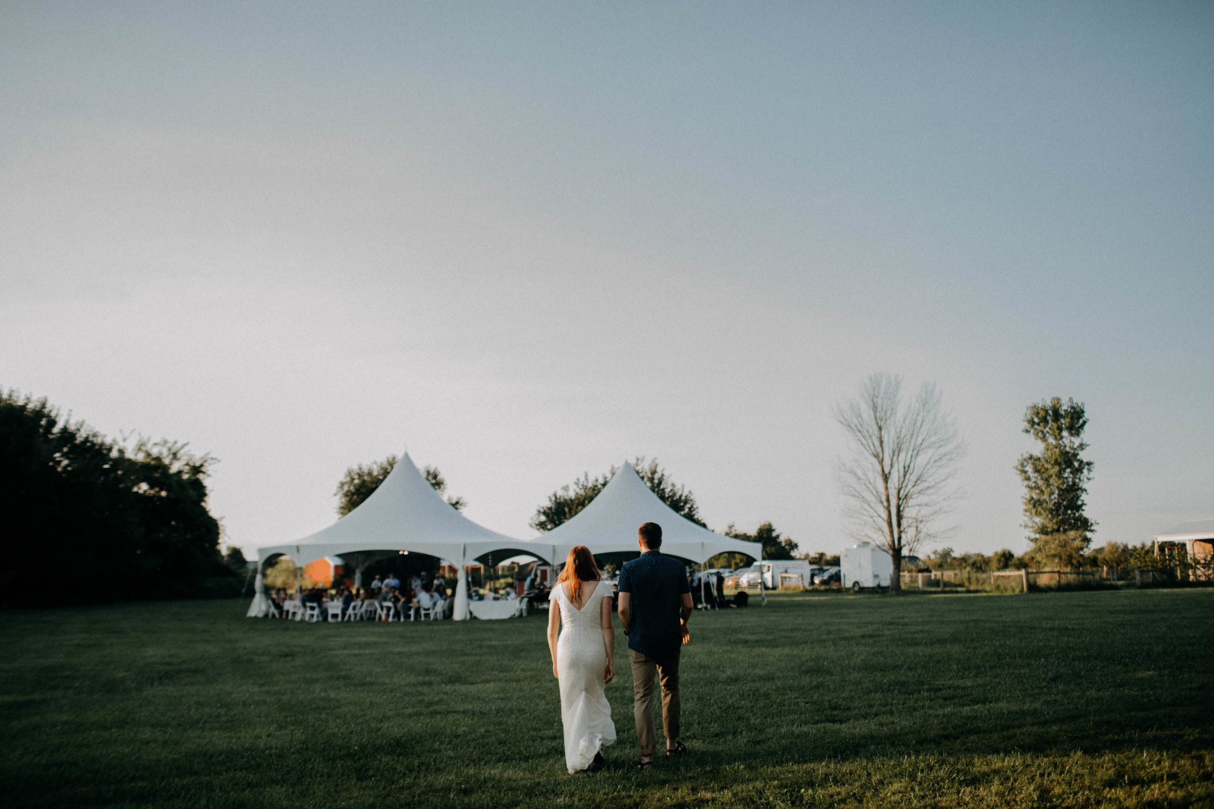 untraditional intimate bed and breakfast wedding orchard house bed and breakfast wedding granville ohio211.jpg