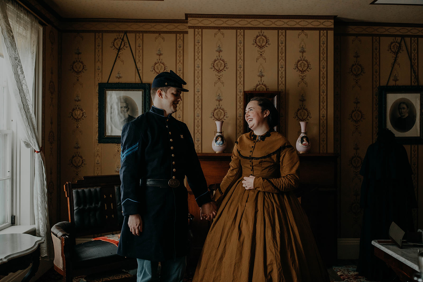 Civil war renactment engagement photos columbus ohio wedding and engagement photographer grace e jones 19.jpg