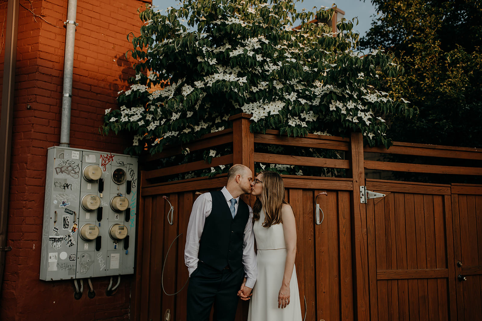 Cincinnati Wine bar wedding shawn and lindsay wedding photographer grace e jones 153.jpg
