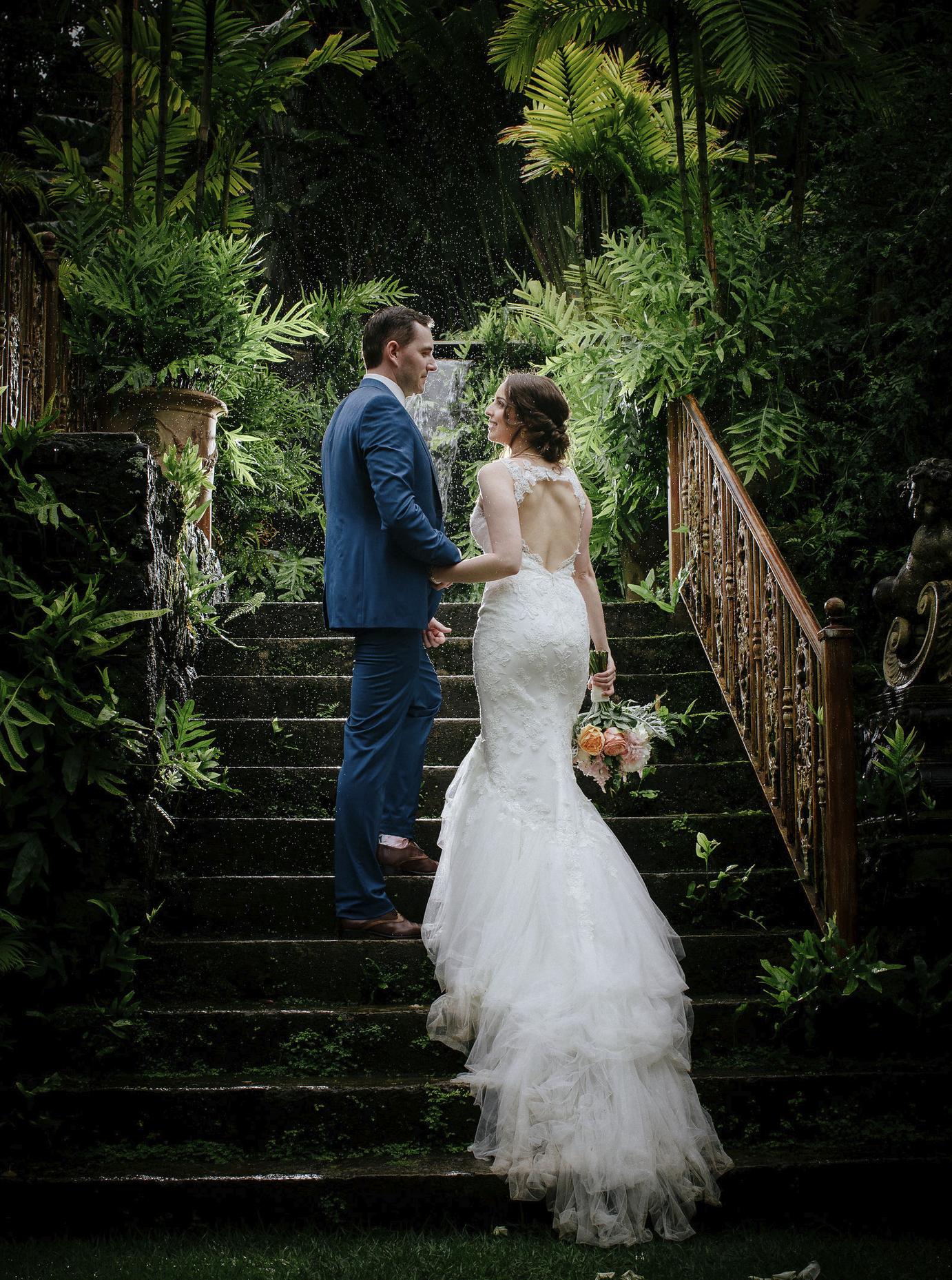 chris-j-evans-rain-wedding00010.png