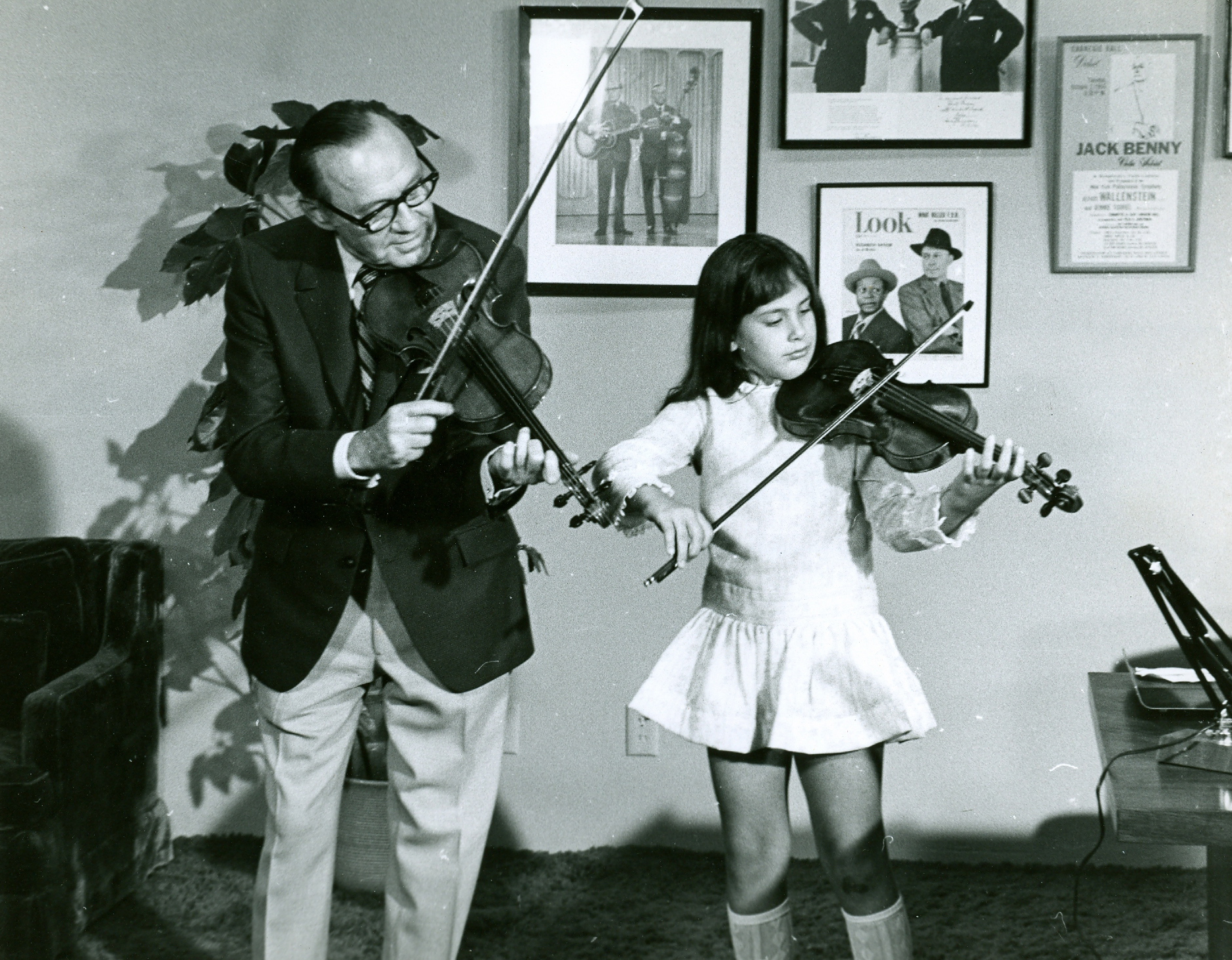 Jack Benny and Dylana