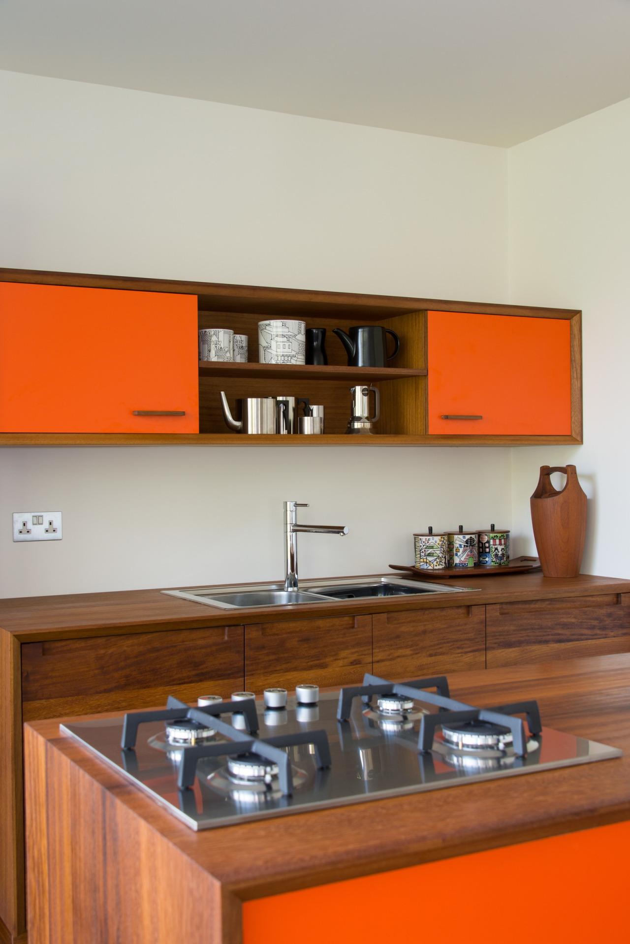 Richard Anstice/56 North; Orange paint color unknown.