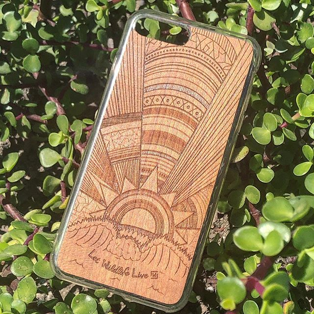 Wooden and bamboo cell phone covers now available!!! ☀️ - #woodart #laserengraving #sustainablefashion #surfart #waveart #woodart #sunsets #maple
