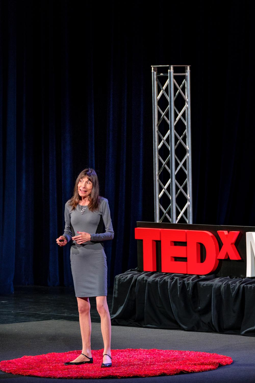 Nancy Segal