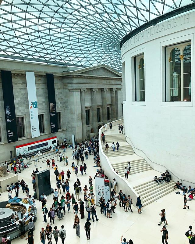 Last but not least! The final post from this summer's #London trip is the stunning #BritishMuseum.  #travel #architecture #art #culture