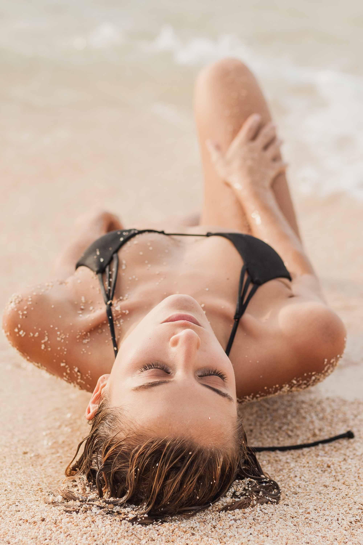 bryce-johnson-issademar-glee-actor-model-bikini-hawaii-22.jpg