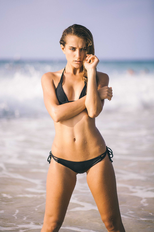 bryce-johnson-issademar-glee-actor-model-bikini-hawaii-20.jpg