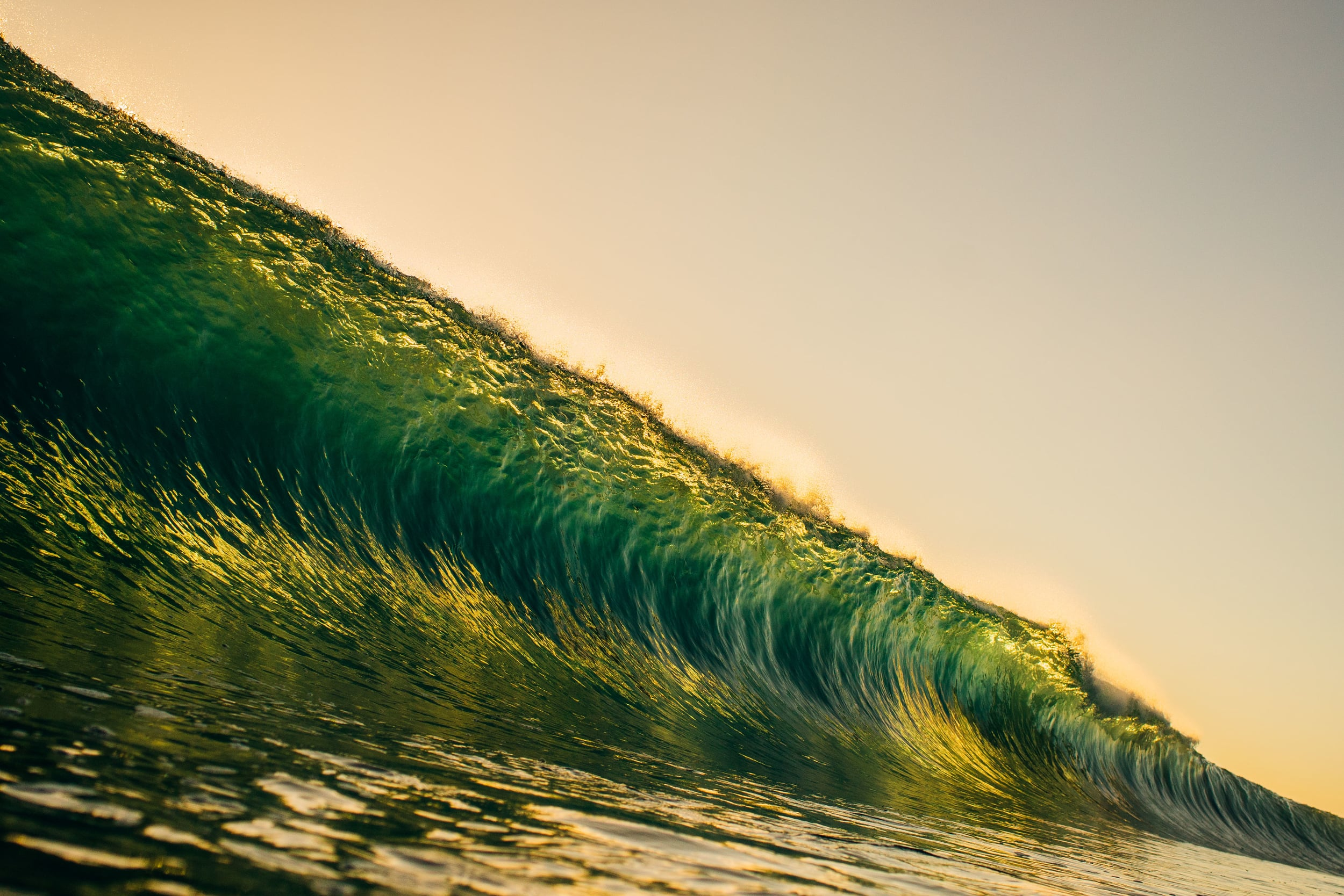 bryce-johnson-photography-kauai-hawaii-surfing-a7rii-aquatech-water-ocean-3.jpg
