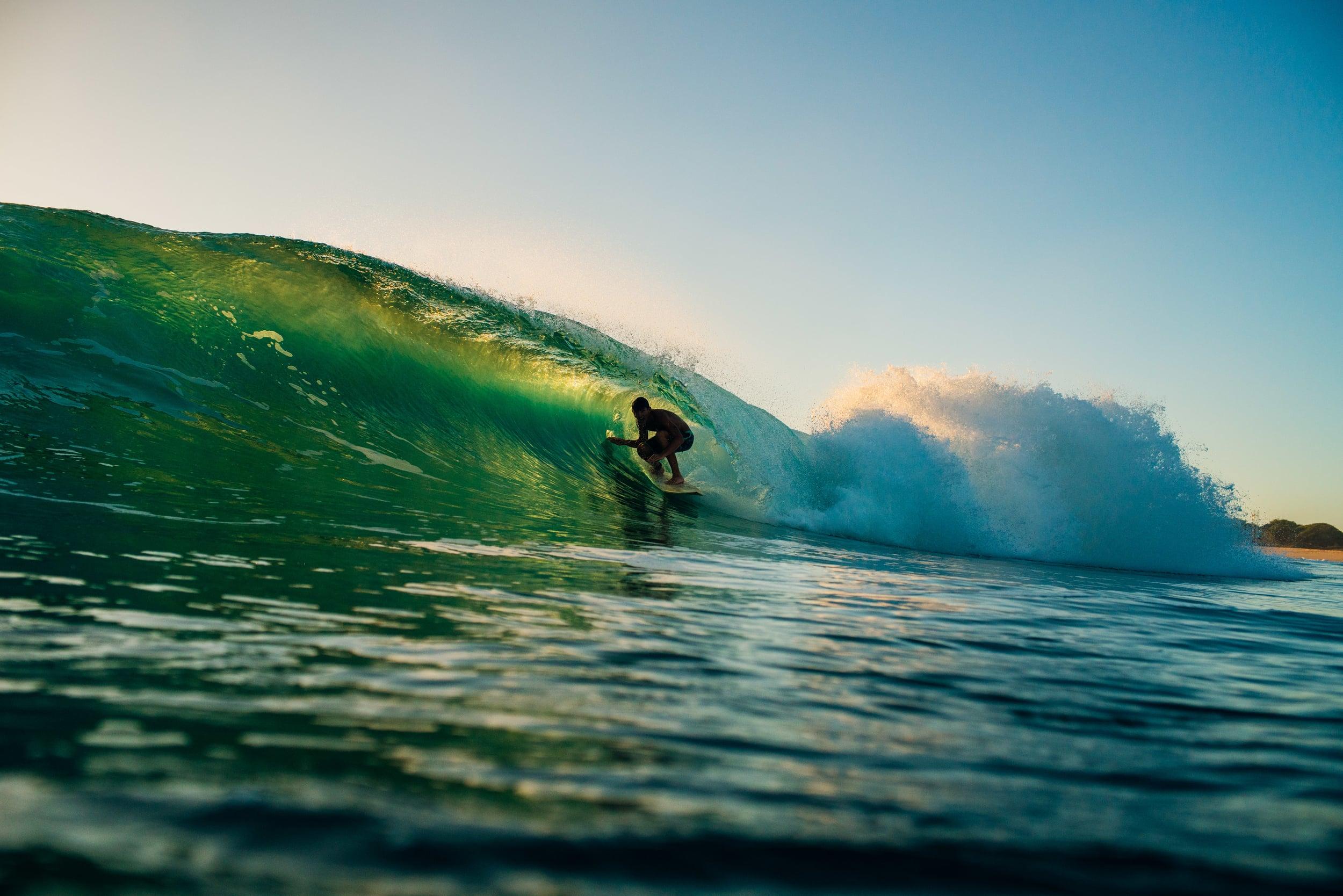 bryce-johnson-photography-kauai-hawaii-surfing-a7rii-aquatech-water-ocean-6.jpg