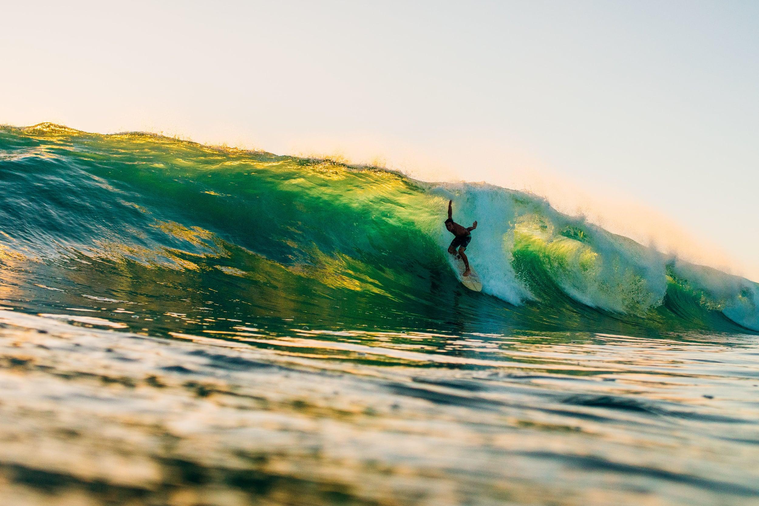 bryce-johnson-photography-kauai-hawaii-surfing-a7rii-aquatech-water-ocean-7.jpg