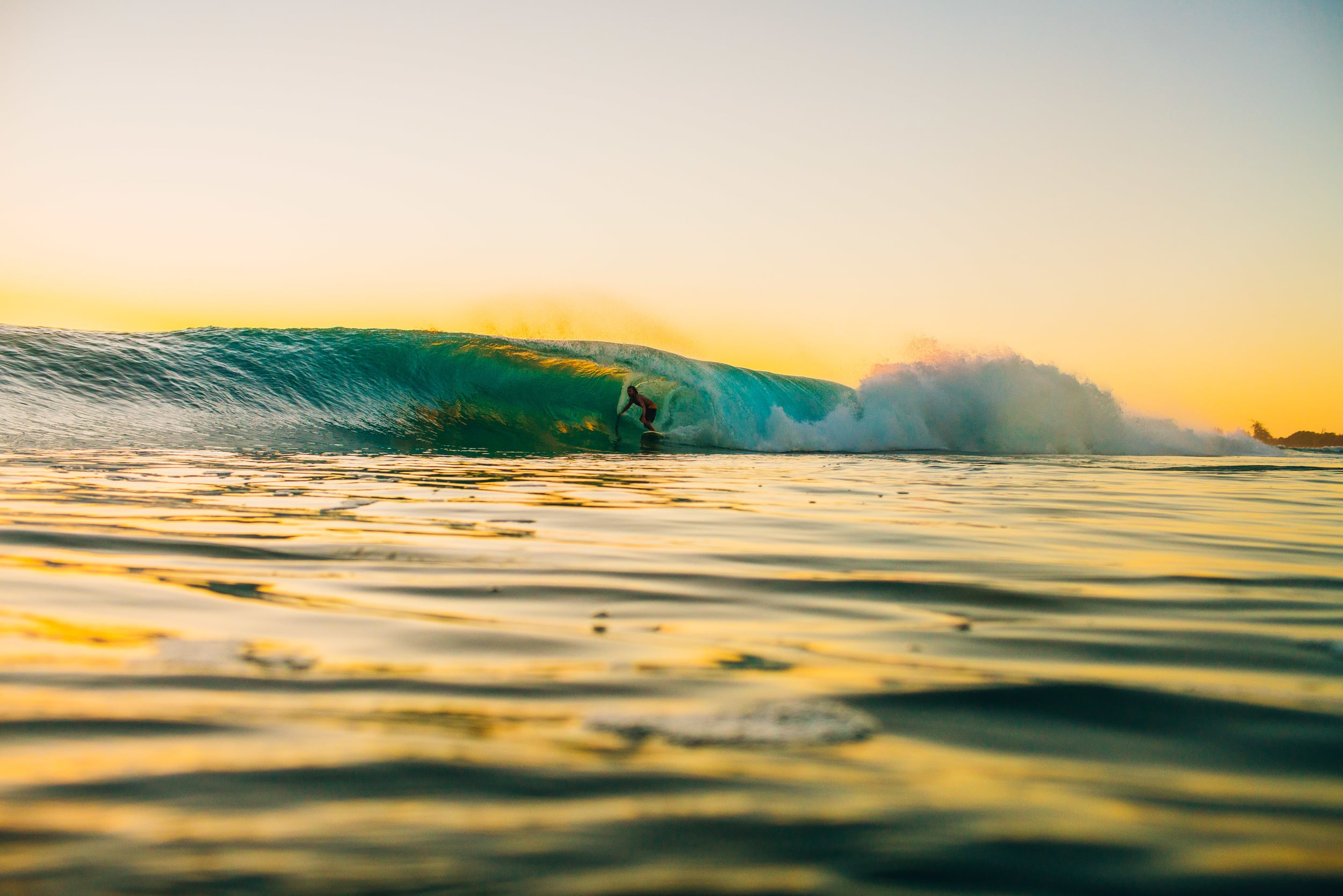 bryce-johnson-photography-kauai-hawaii-surfing-a7rii-aquatech-water-ocean-10.jpg