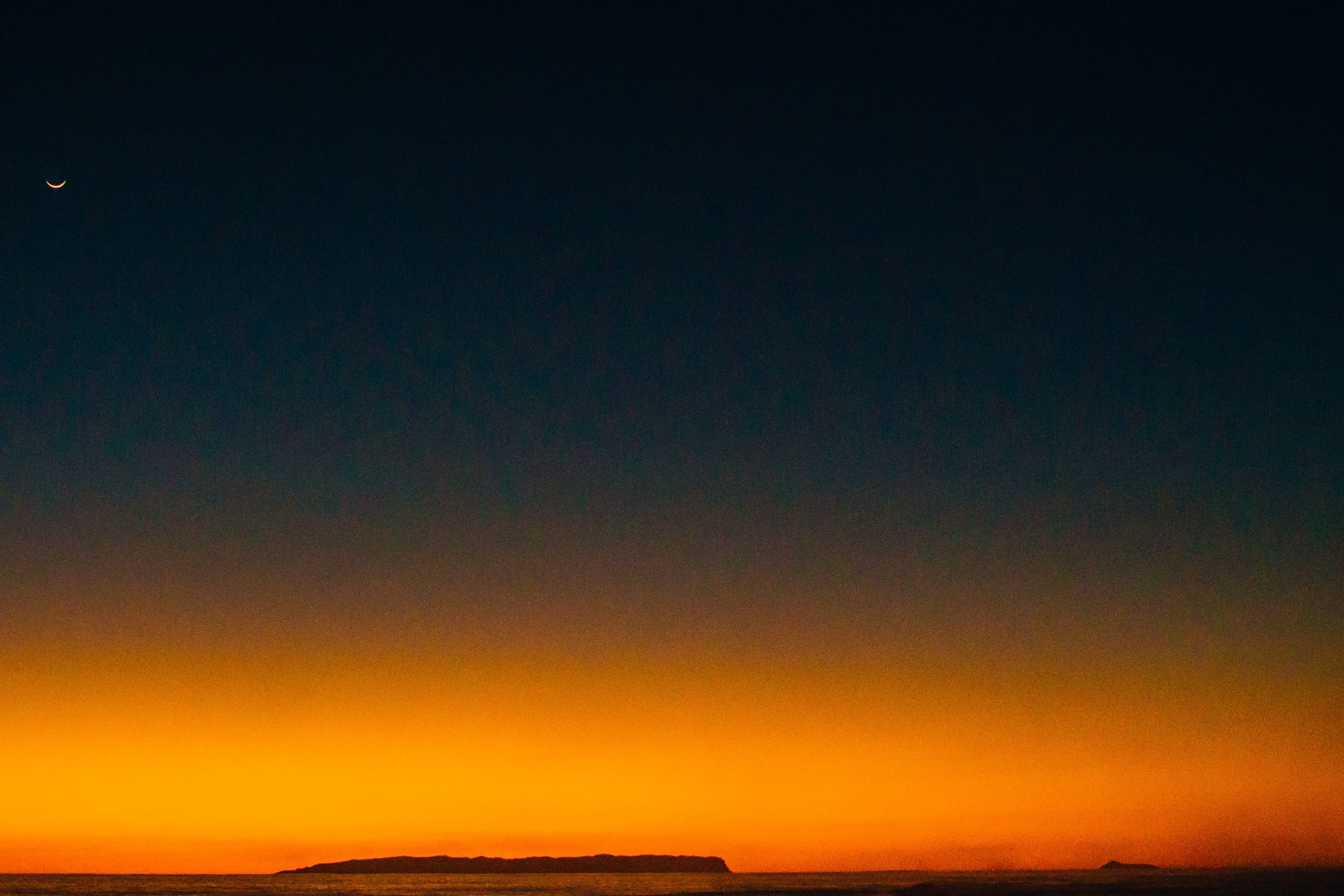 bryce-johnson-photography-kauai-hawaii-surfing-a7rii-aquatech-water-ocean-13.jpg