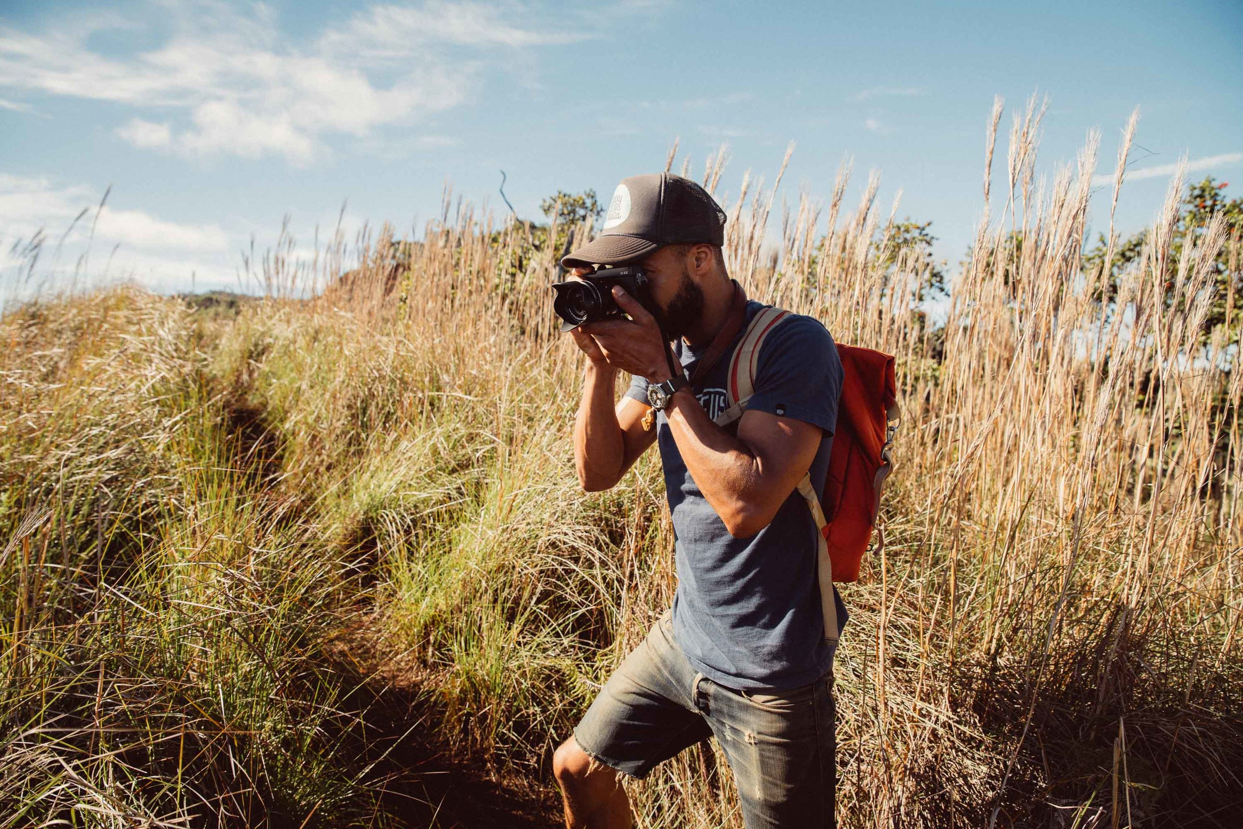 bryce-johnson-kalalau-ridge-kauai-hiking-hammock-palmwood-aloha-exchange-4.jpg