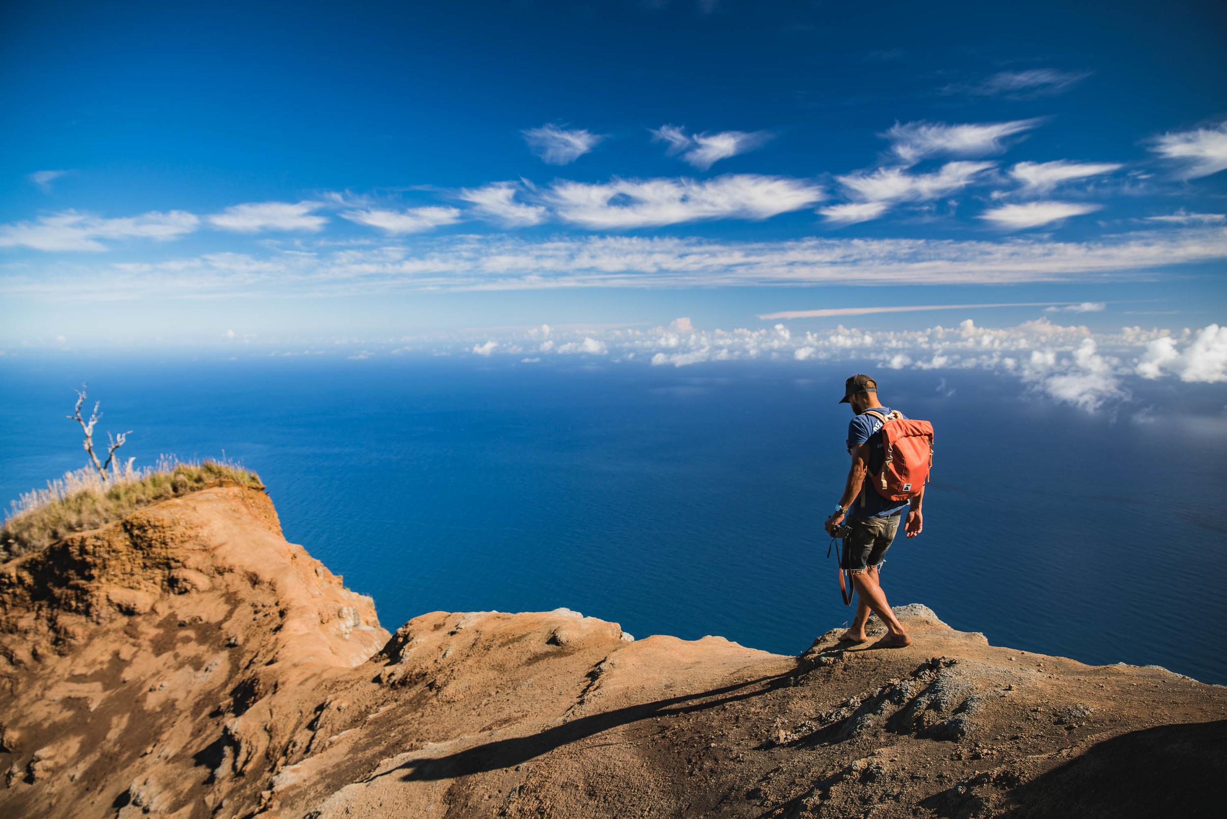 bryce-johnson-kalalau-ridge-kauai-hiking-hammock-palmwood-aloha-exchange-8.jpg