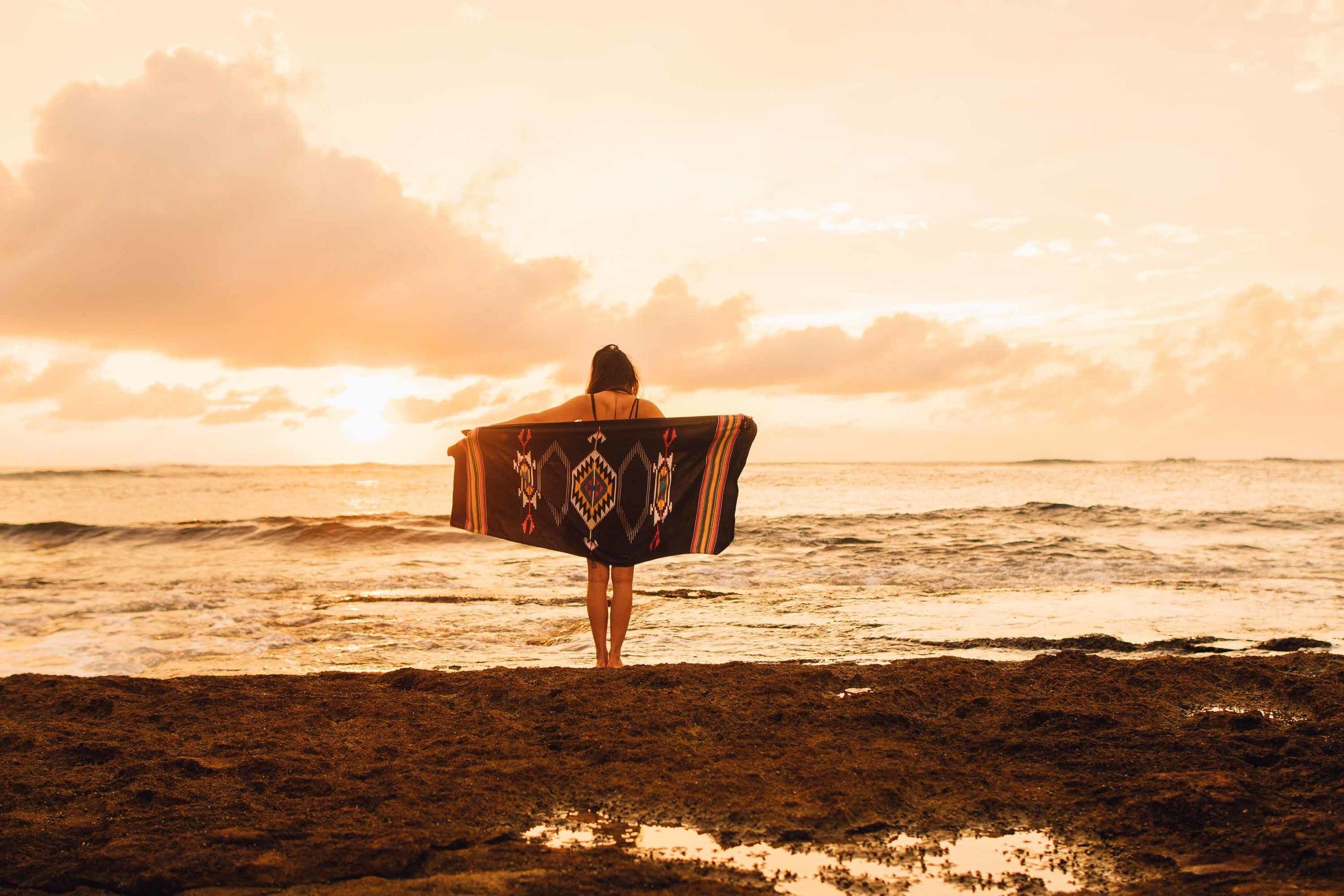 bryce-johnson-kauai-fj40-toyota-landcruiser-aloha exchange-slowtide-12.jpg