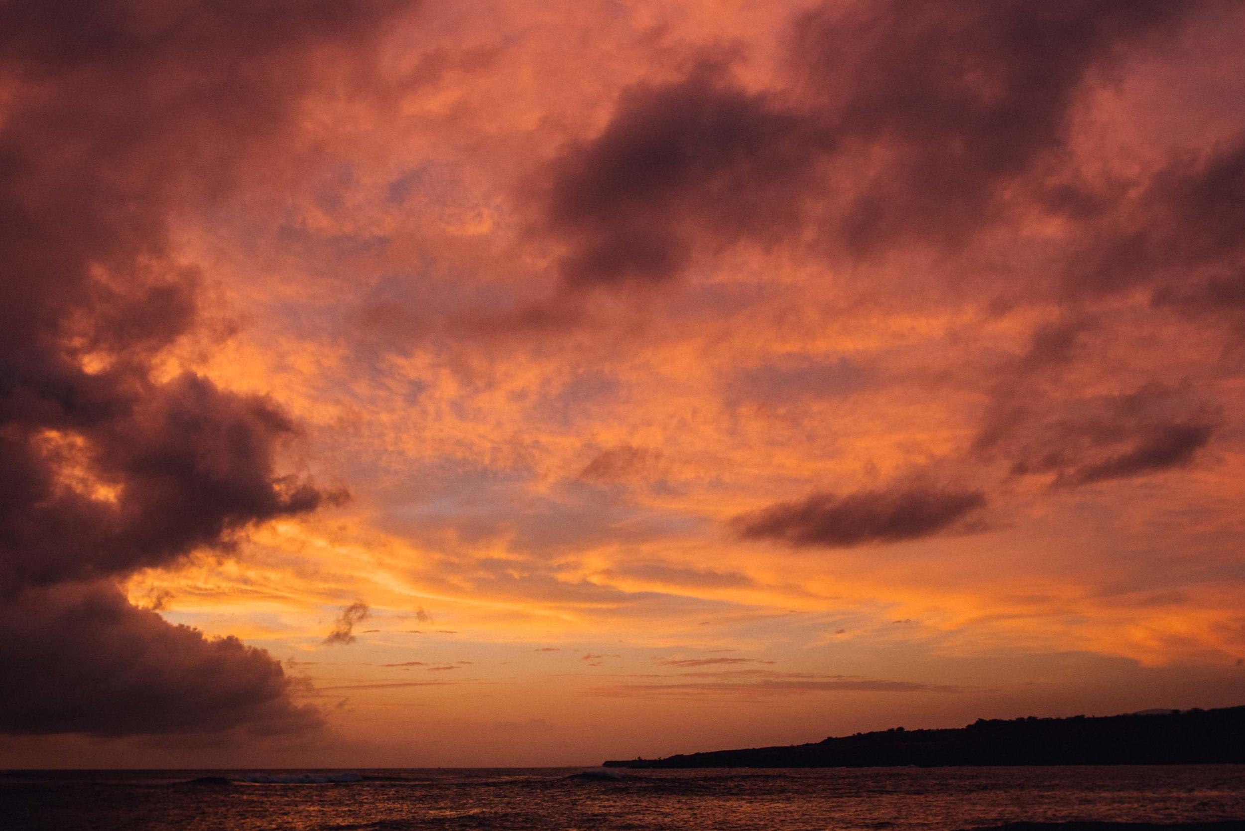 bryce-johnson-kauai-fj40-toyota-landcruiser-aloha exchange-slowtide-17.jpg