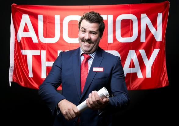 lomas auction.jpg