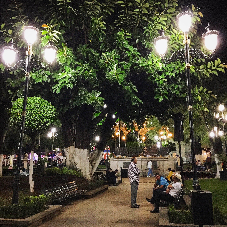 Plaza Principal, Los Reyes, Michoacán