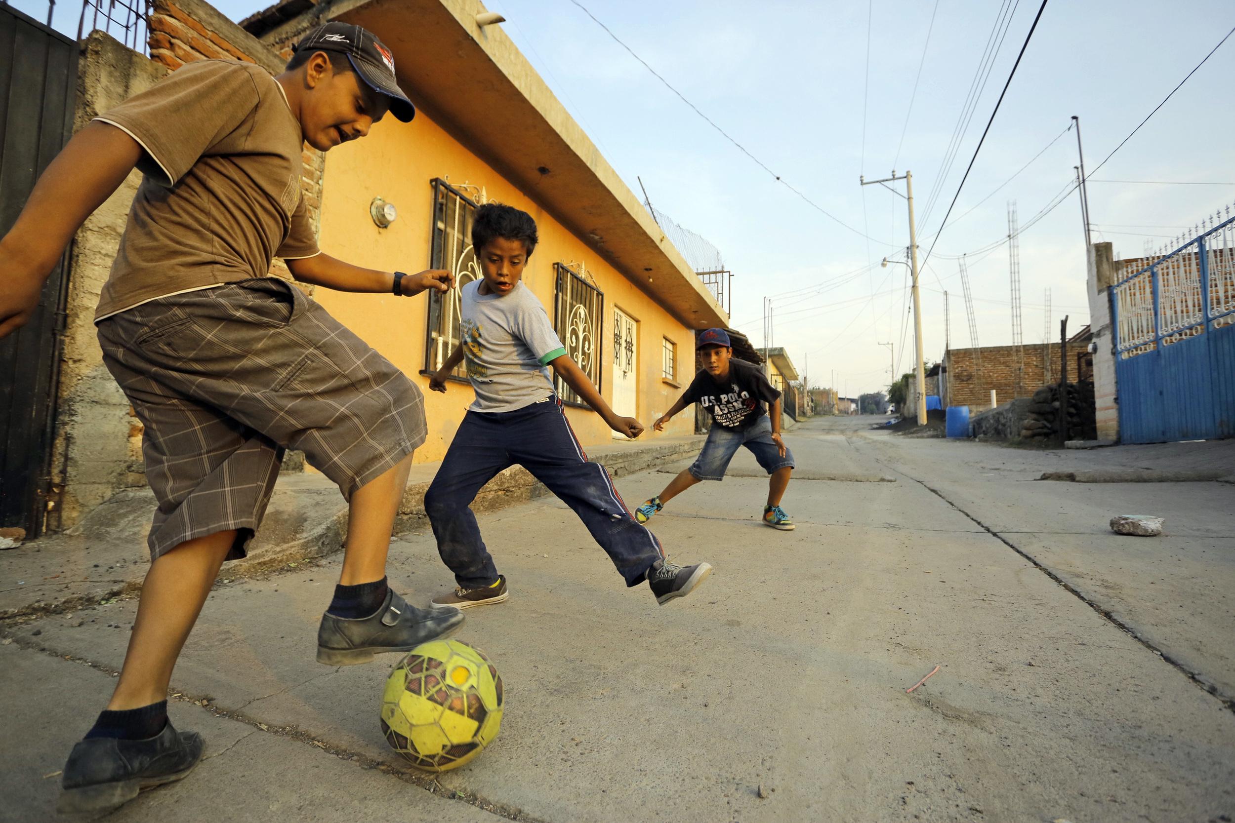 futbol en la calle_3000.jpg