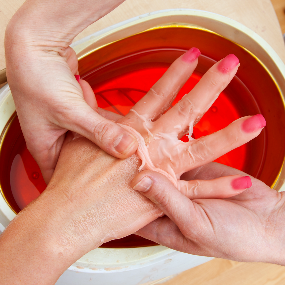 paraffin-wax-massage.png