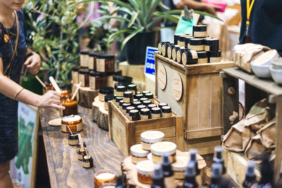Finders-Keepers-Liane-Rossler-FIVE-WAYS-TO-CONSIDER-THE-ENVIRONMENT-WHEN-DESIGNING-YOUR-MARKET-STALL-The-Raw-Philosophy-Syd-SS15-Bec-Taylor.jpg