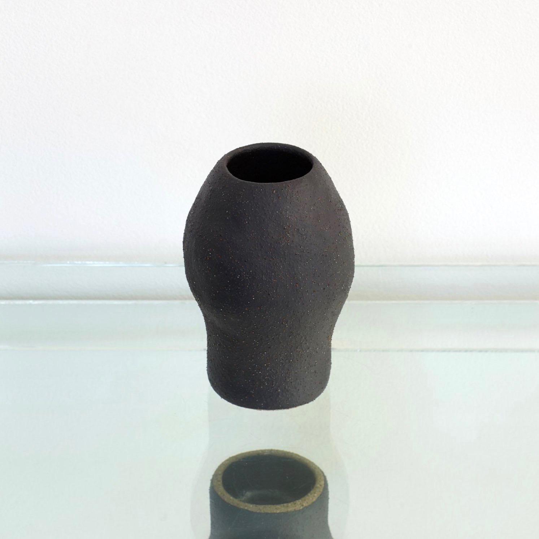 Pushmepullyou Vase