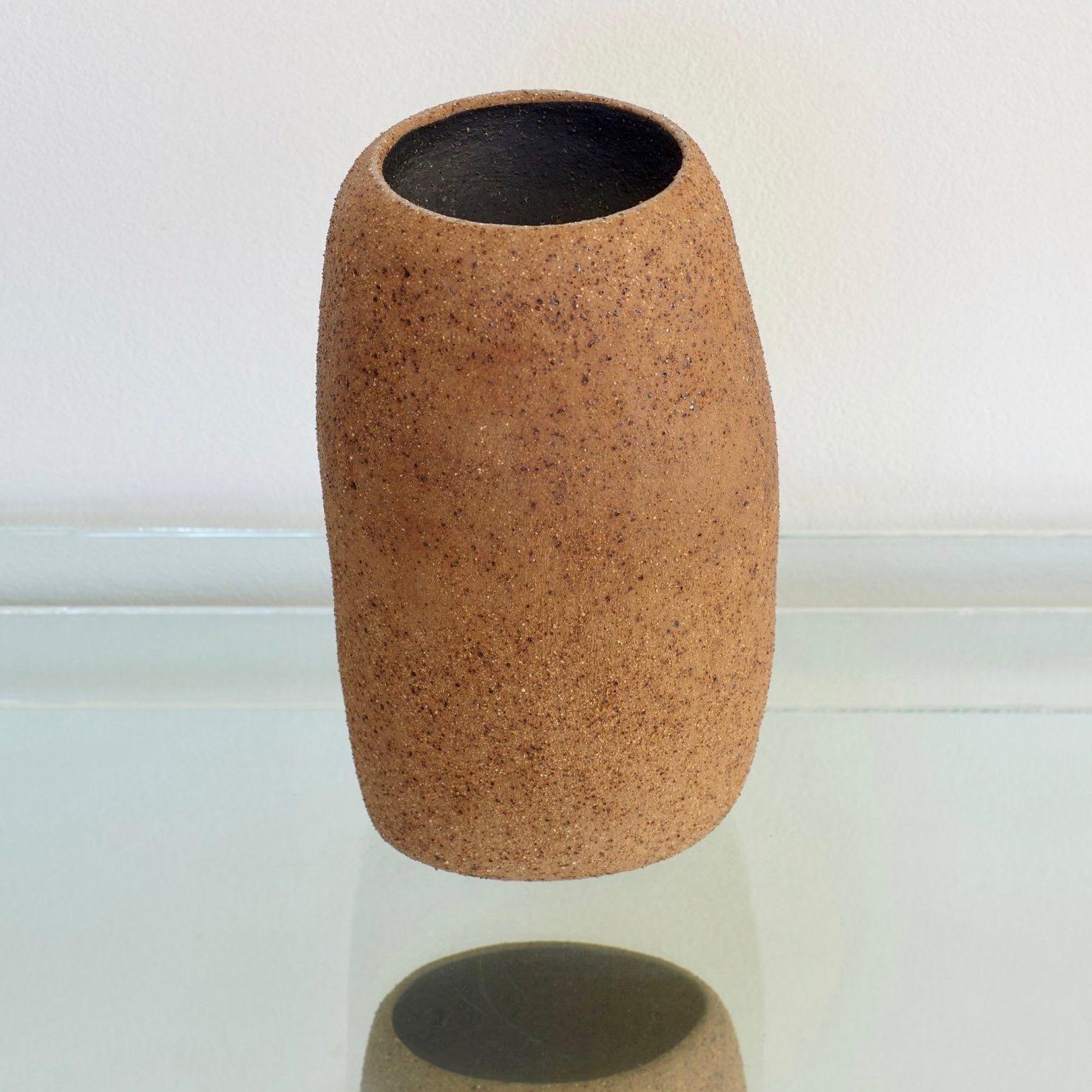 Pushmepullyou Pillar Vase