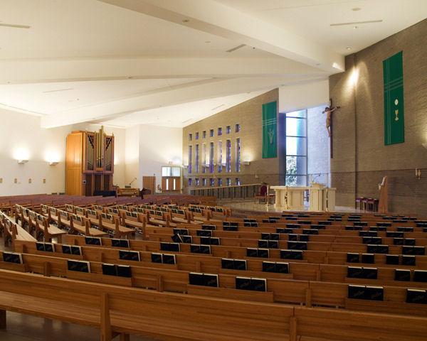HOLY-REDEEMER-CHURCH-interior-a.jpg