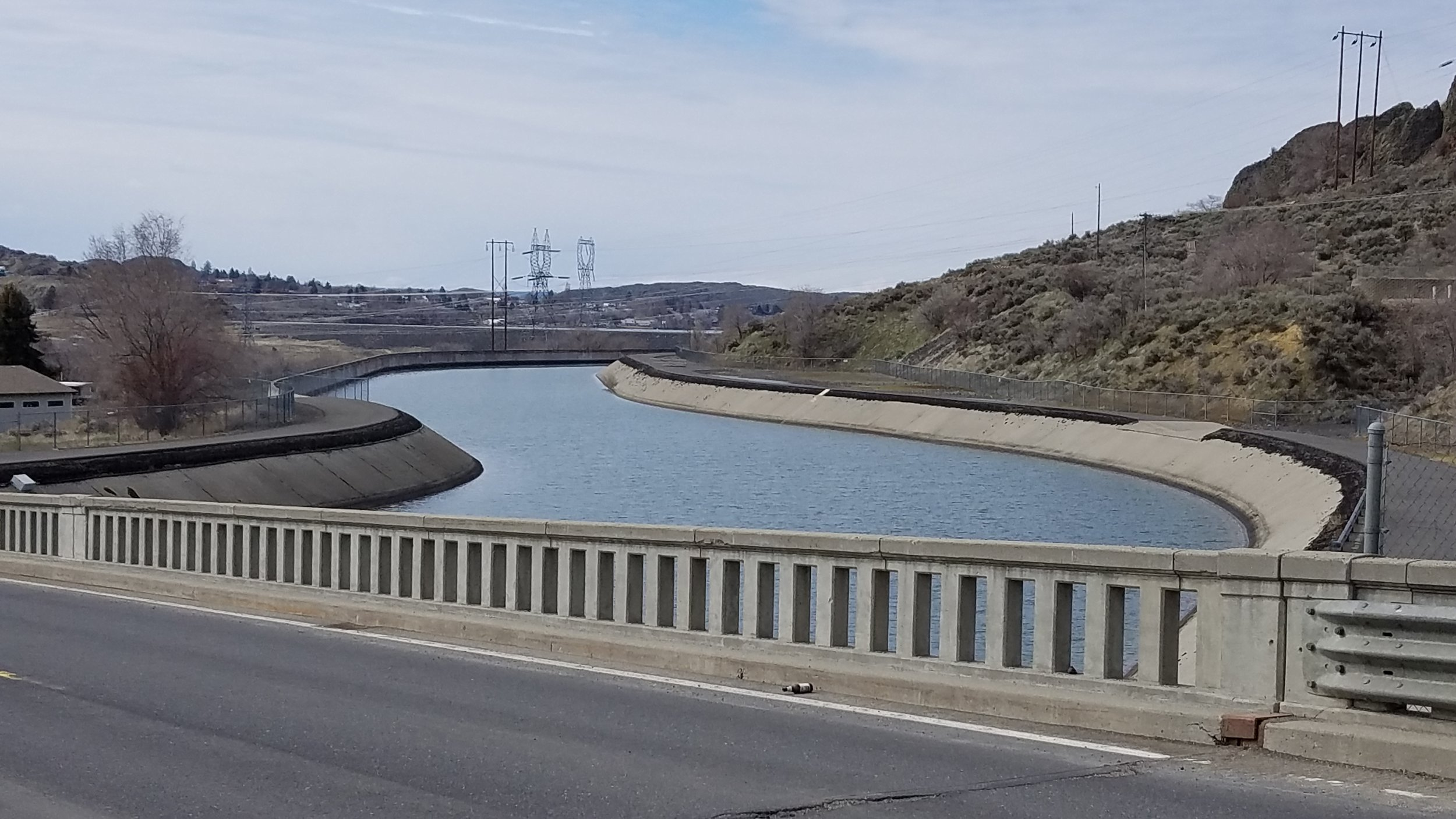 Water from the Columbia River is diverted from the Grand Coulee Dam and pumped up into Banks Lake via this engineered canal. (Photo by M.M. Ruth)