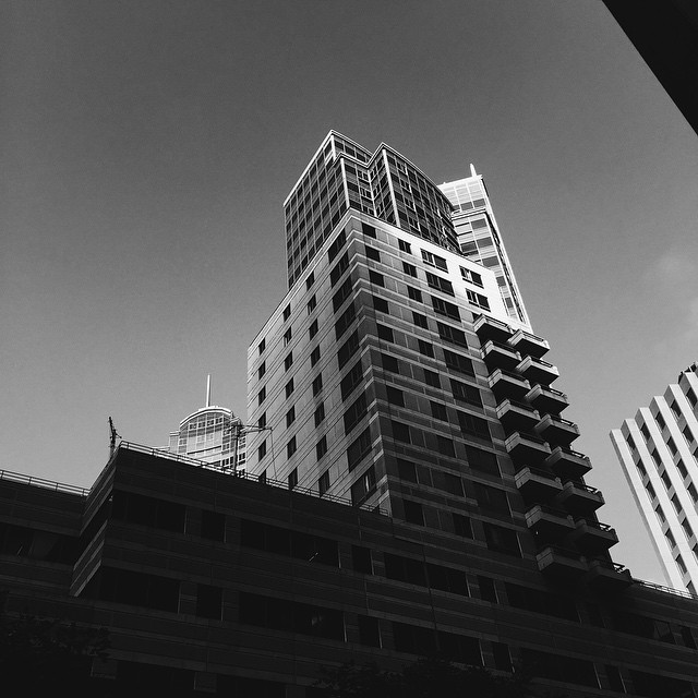 57_Metropolitan.jpg