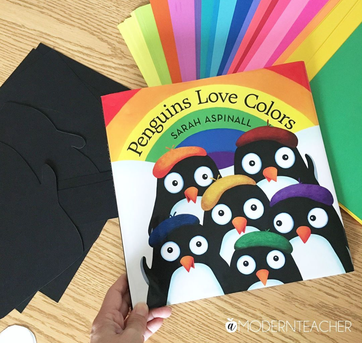 Hurrah!  A wonderful lesson plan from A Modern Teacher based on  Penguins Love Colors    CLICK