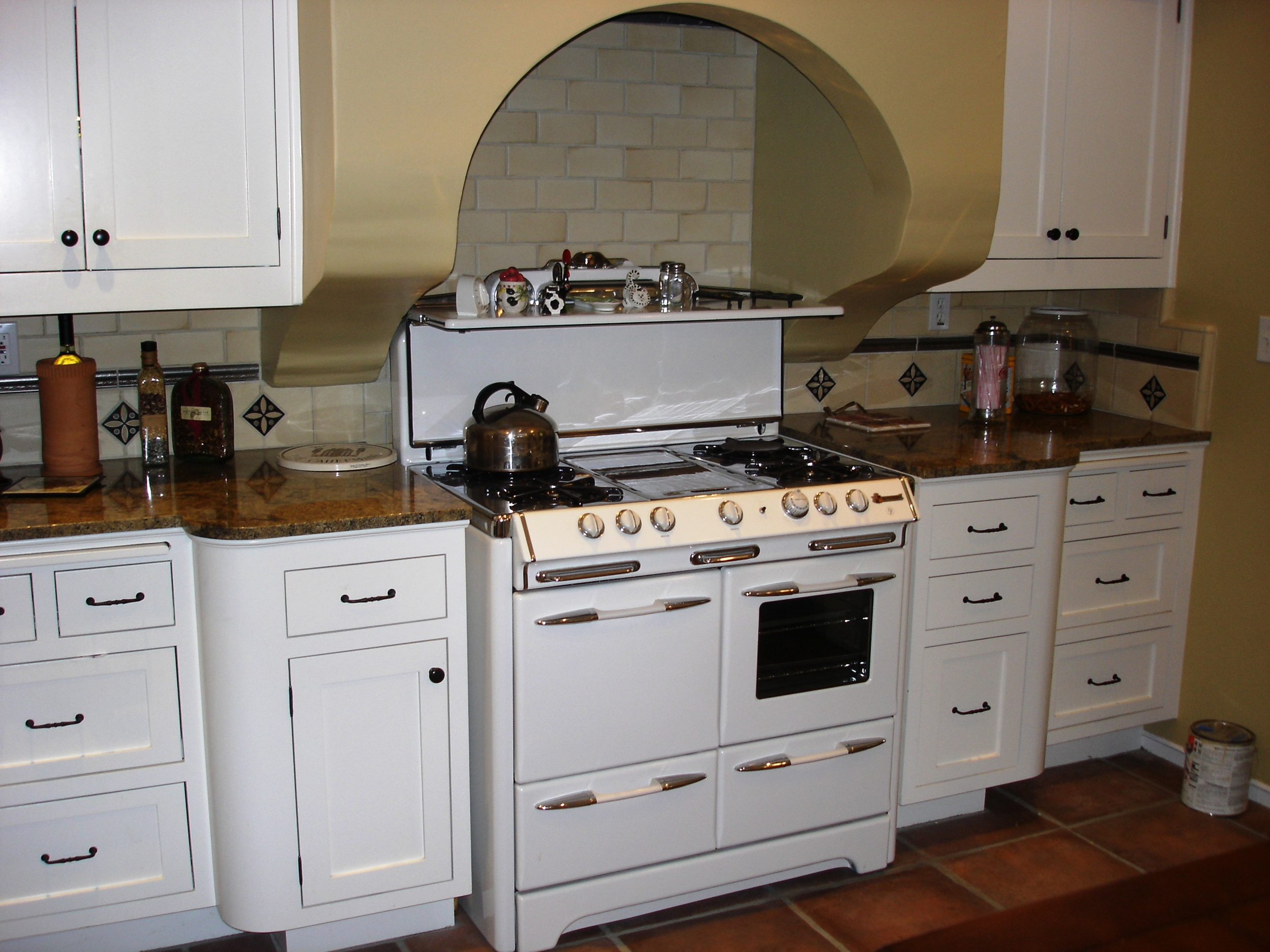Cauffman kitchen 4.jpg