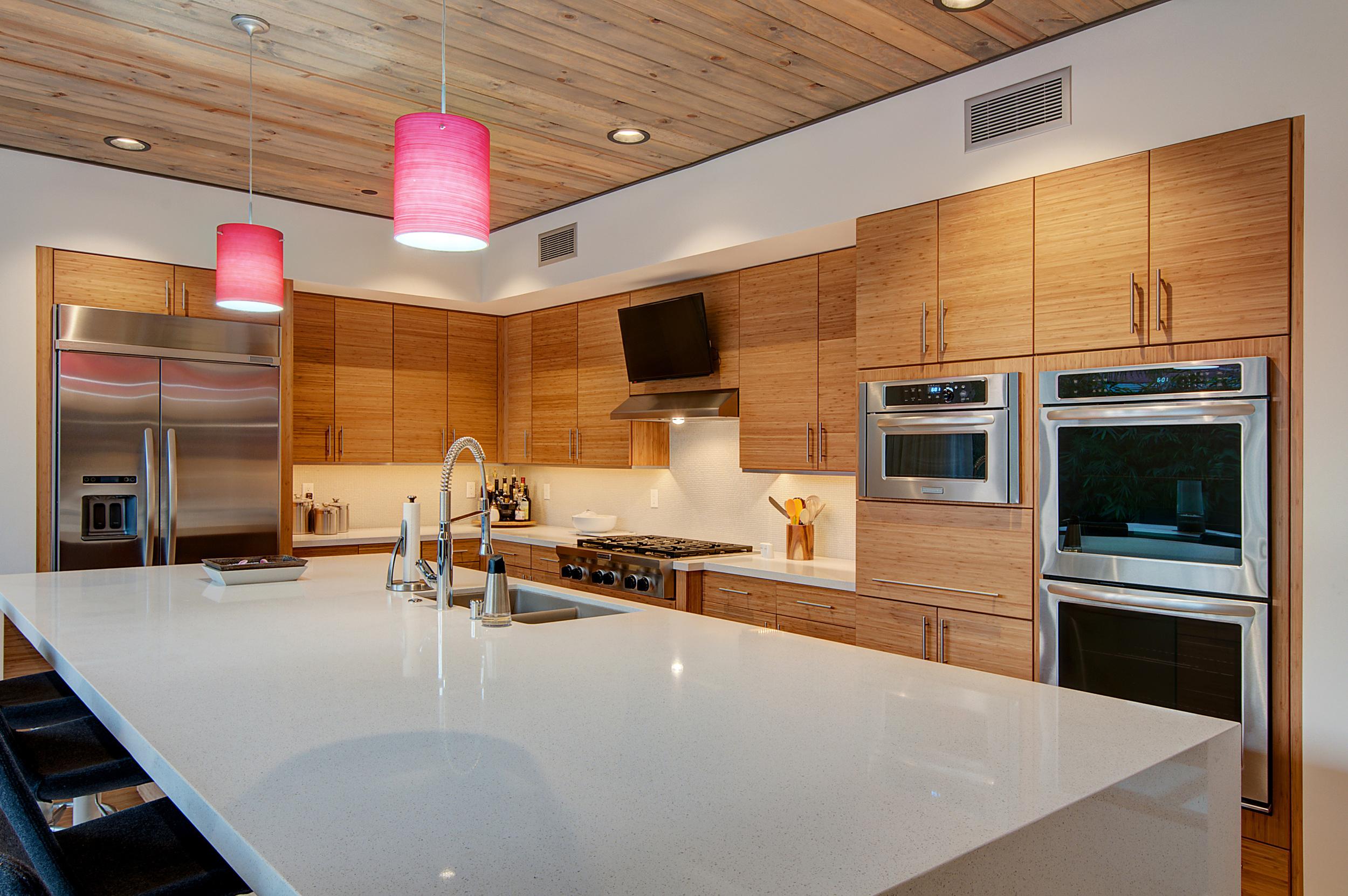 LR_Kitchen-1.jpg