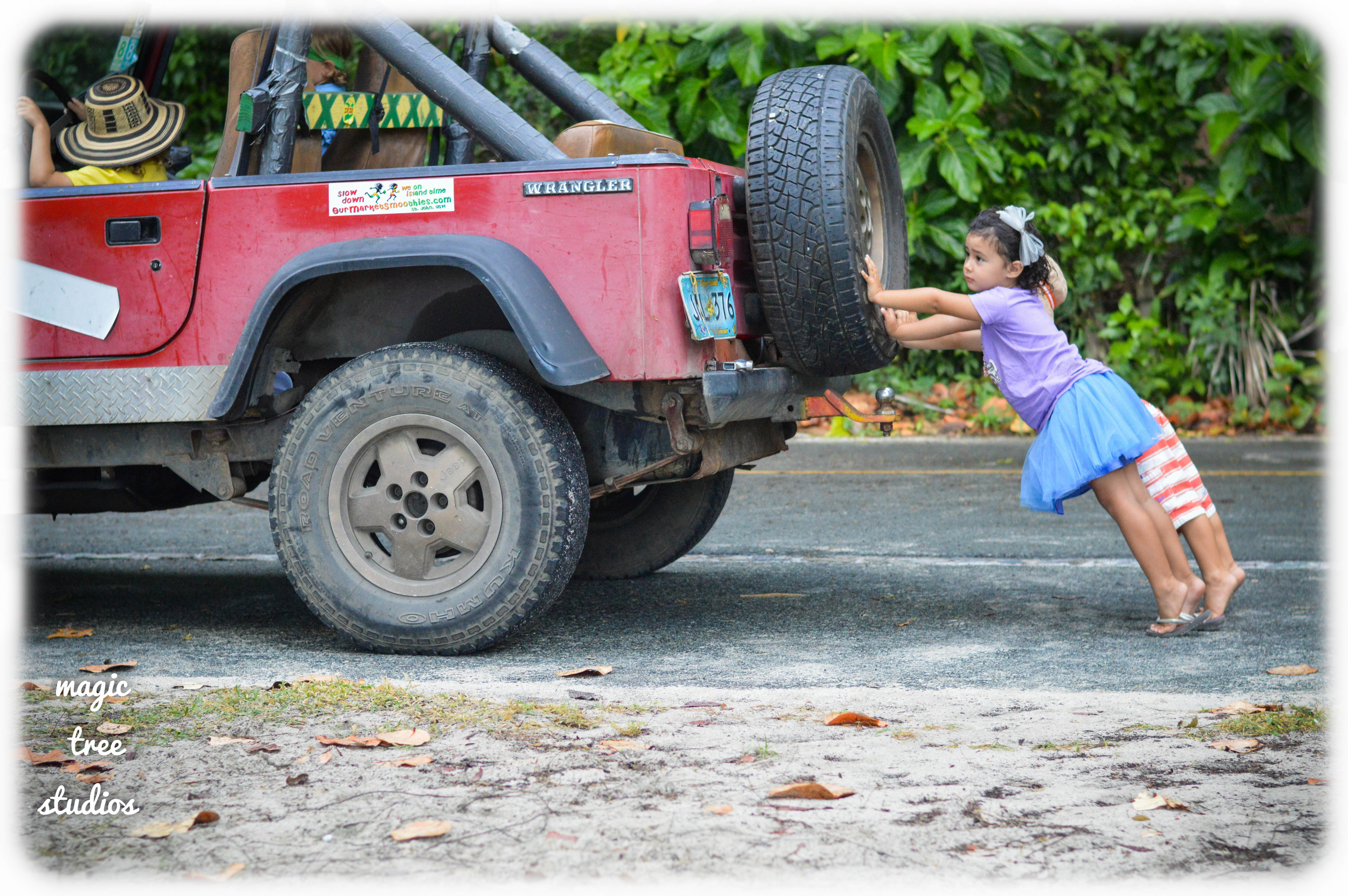 audie and leticia rally to push as brian steers the jeep