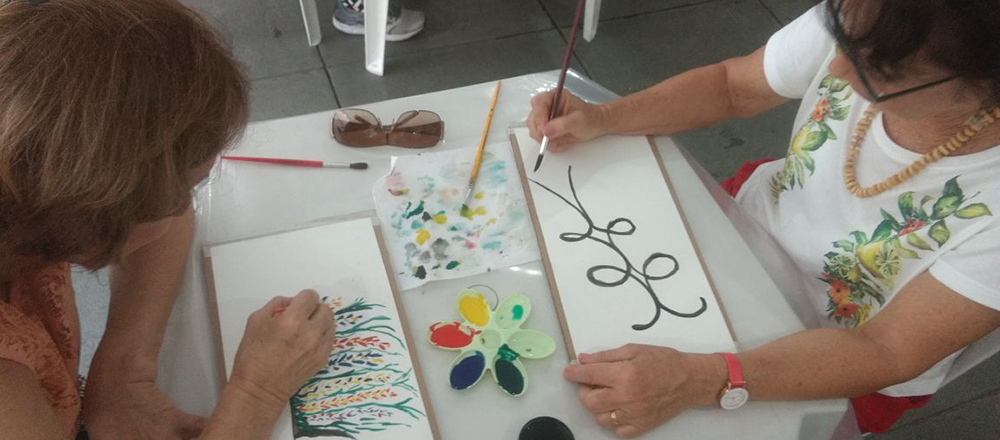 Oficina Criativa para a terceira idade - Fomos convidados pela Dr Alice Jerusalmi, geriatra, para participar do CIGGA Bem - um evento mensal da Cigga Geriatria criado para promover saúde e bem-estar para idosos, seus cuidadores e familiares. Foi uma manhã deliciosa e surpreendente.