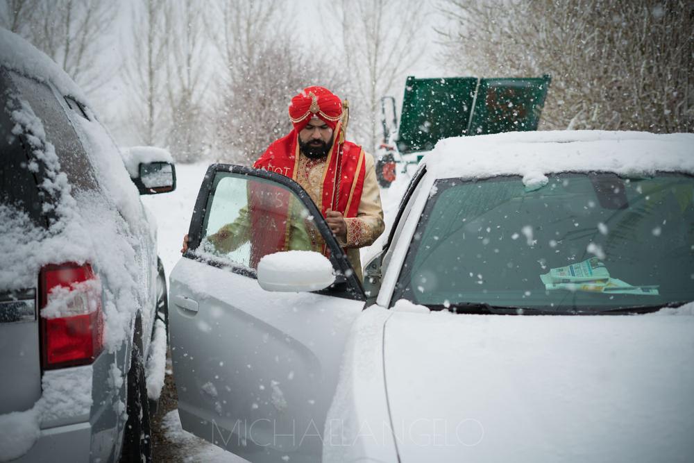 Edmonton-Photographer-Sikh-Weddings-Indian-Weddings-Punjabi-Weddings-Acca-Center-Four-Points-Sheraton-Gateway-Gurdwara-Singh-Sabha