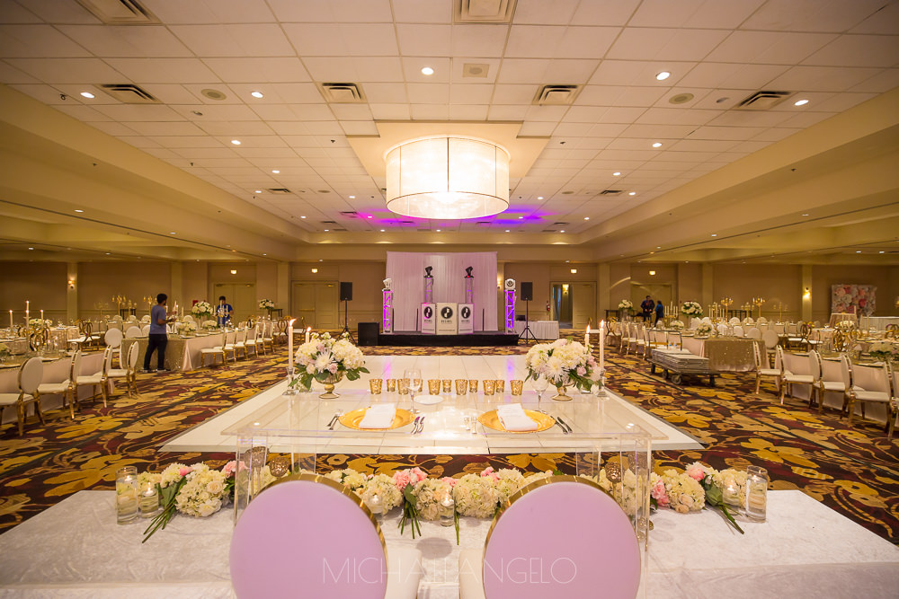 2017081200141Edmonton-Photographer-Weddings-Paul-&-Rakhee-Reception-3170.jpgSikh-Destination-Wedding-Maiyan-Jaago-Sangeet-Kelowna-Marriott-Grand-Okanagan