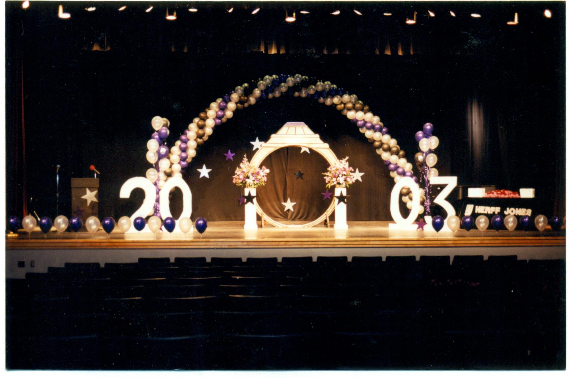 stage decor0002.jpg