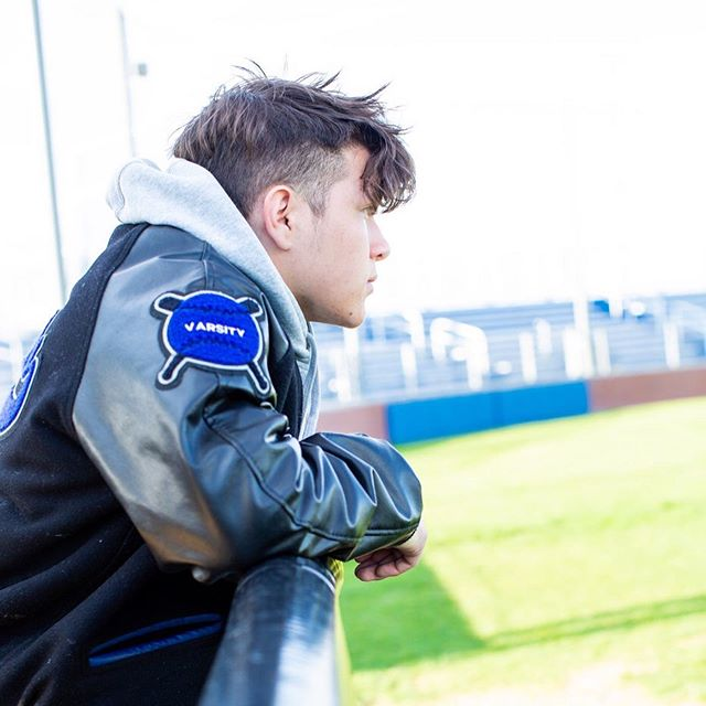 We were so happy to capture these shots of Valdemar on the baseball diamond where he spent so much of his time pouring his heart and efforts into the game he loves. . . . . #townsendpics #baseballboys #baseballlifestyle #sportsphotography #lifestylephotography #capturemoments #baseballphotography #forney #northforney #seniorpictures