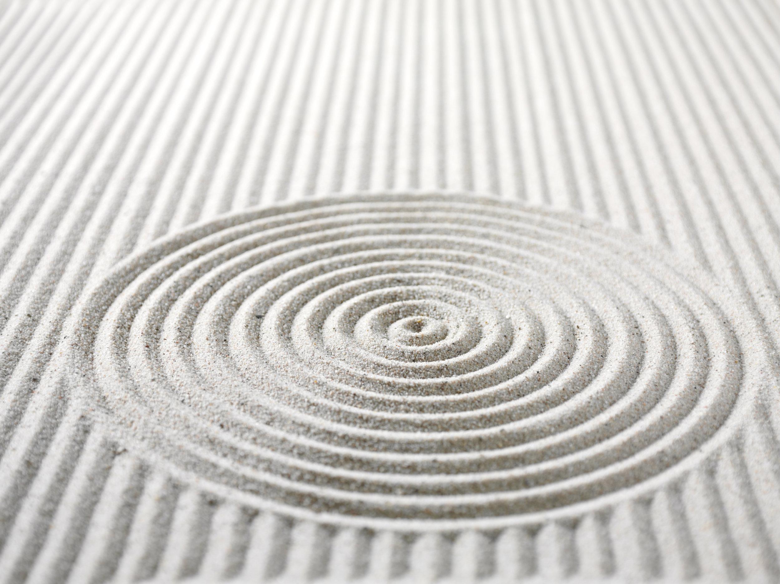Sand lines iStock_000014350814_Large.jpg
