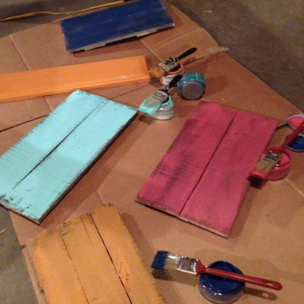 Painting Pallet Signs