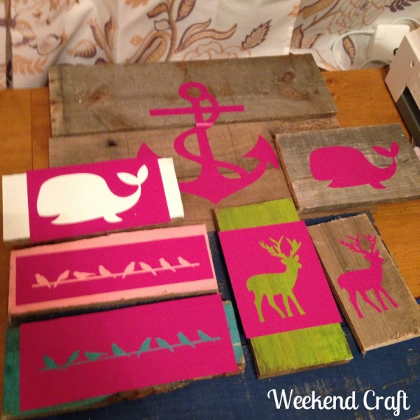 Stenciling multiple Pallet Signs